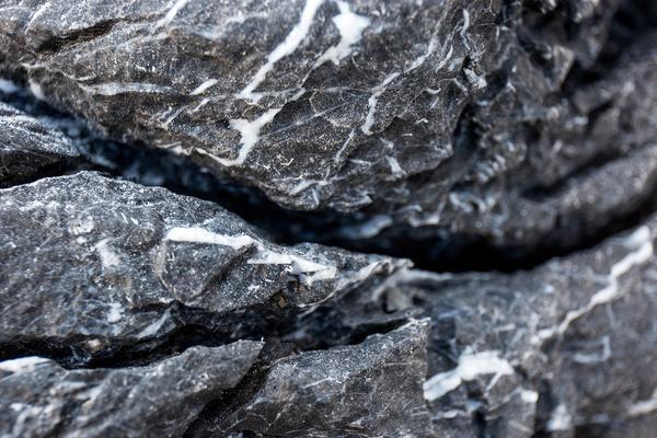 stones-black-mountain-seiryu-stone-17386843073_grande